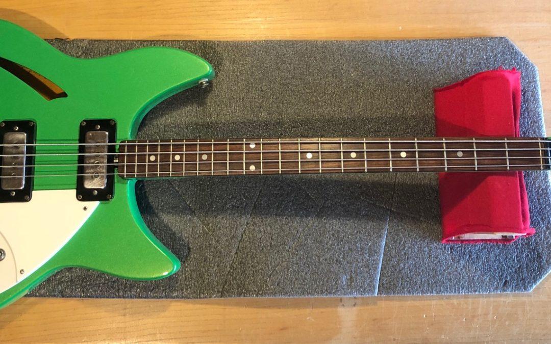 Shaftesbury Bass 1969